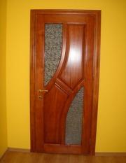 Пропонуємо дерев'яні двері вхідні та міжкімнатні
