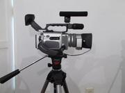 Продам видеокамеру Sony DCR-VX2000E и штатив VANGUARD.