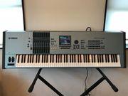 Yamaha Motif XS8 .....$1400USD